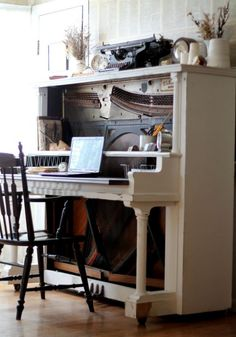 Turn an antique piano into an amazing desk!