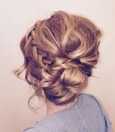 Pin up bun with braid by Coryn Neylon #weddinghairstyles