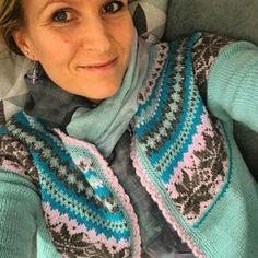 Bilderesultat for kofte mandelblomst Norwegian Knitting Designs, Sweater Cardigan, Knit Sweaters, Knit Crochet, Knitting Patterns, Embroidery, Sewing, Fair Isles, Fiber