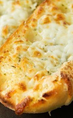 Perfect Cheesy Garlic Bread