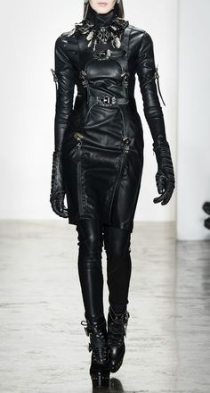 I have no idea what this is, but it looks like some futuristic sci-fi outfit, so I automatically like it.