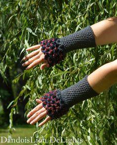 Dragon Scale Fingerless Gloves Crochet by DandoisLionDeLights