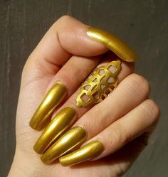 Long Red Nails, Shiny Nails, Fotos Do Instagram, Instagram Posts, Golden Nails, Plain Nails, Perfect Nails, Nails On Fleek, Natural Nails