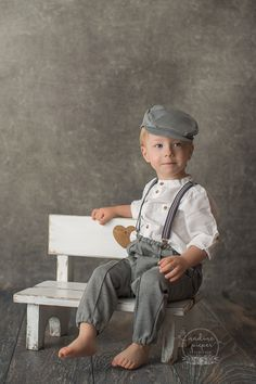 Kid Portraits, Portrait Poses, Photography Props, Children Photography, Man Photo, Baby Decor, Color Splash, Art Reference, Hipster