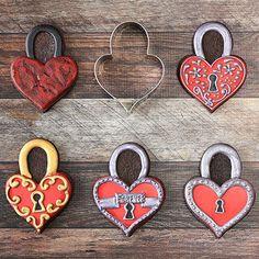 LilaLoa's Heart Padlock by Ann Clark Cookie Cutters