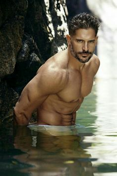 Named 'Hollywood's Hottest Bachelor' by People magazine, 'True Blood' star Joe Manganiello hits the beach with photographer Nino Muñoz for his latest set of photos. Manganiello also poses in bed for a photo that is reminiscent of his shoot for W magazine. Sofia Vergara, Magazine Images, People Magazine, True Blood, Joe Manganiello Shirtless, Hommes Sexy, Shirtless Men, Attractive Men, Male Body