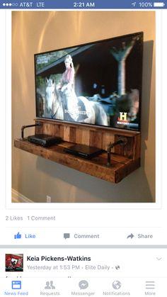 Pallet floating entertainment shelf
