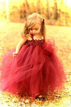 Cute flower girl dress :D