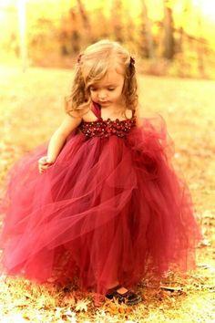 Cute flower girl dress :D