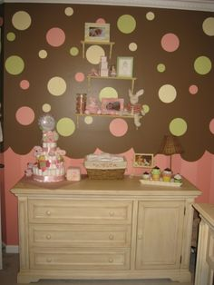 Cupcake nursery. Ideas to add on to Marleys already decked out nursery when I can finally paint the walls :(