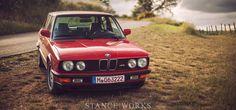 bmw-euro-e28-m5-italy-stanceworks-title