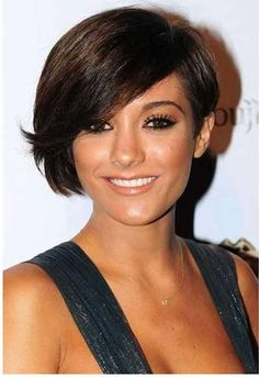Frankie Sanford Cute Feather Pixie bob Hairstyle