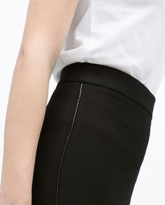 Image 6 of SLIT PENCIL SKIRT WITH FAUX LEATHER PIPING from Zara