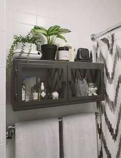 There are plenty ways to maximize your small bathroom furniture functionality, especially if you have the DIY creativity