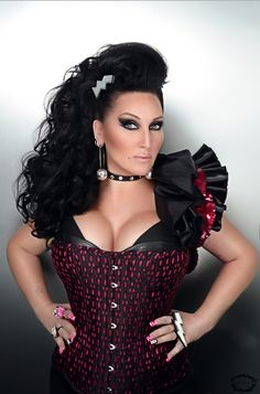 Whatcha' Packin'? Michelle Visage kikis with the first eliminated queen of #RuPaulsDragRace season 6: http://logo.to/1o3F18x
