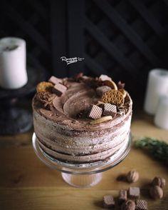 Торт с шоколадным бисквитом и шоколадно-сливочным кремом