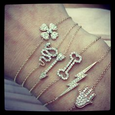 Nice Spring 2019 Trends Hiding In Your Close - Jewellery Jewelry Tattoo, Crystal Jewelry, Gold Chains, Piercings, Jewelry Accessories, Gold Bracelets, Women's Watches, Jewellery, Crystals