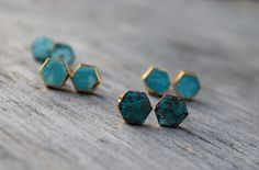 Natural Turquoise Stud Earrings, Hexagon Raw Turquoise Earrings, Boho Chic, Gold…
