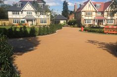 Image result for driveways Driveways, Mansions, House Styles, Image, Ideas, Home Decor, Mansion Houses, Homemade Home Decor, Villas