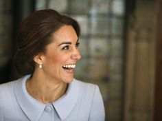 LA DUCHESSE DE CAMBRIDGE VISITE AUX PAYS BAS - PRINCESS MONARCHY