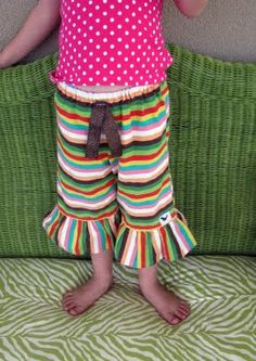 ruffle pants...for all you ladies that want to try them this is the easiest tutorial I have found to date!!!!  I am making a christmas pair tonight!!!