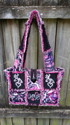 Handmade by me. Cute Purses, Purses And Bags, Muddy Girl Camo, Under Armour Sweatshirts, Redneck Girl, Camo Purse, Country Girls Outfits, Camo Outfits, Camo Baby Stuff
