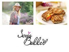 Heerlijke tosti met salami, roomkaas en prei. Een hele lekkere combinatie! Wat is jouw favoriete tosti? Bekijk het recept van deze tosti op mijn YouTube-kanaal: https://www.youtube.com/watch?v=vBIsZUQ0Dps