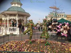 """Petite balade printanière à Disneyland Paris en attendant """"Swing into Spring"""". Rencontre avec les concepteurs de cette nouvelle saison. @Disneyland Paris #disneylandparis #swingintospring #baladeprintaniere"""