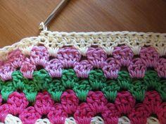 Granny Stripe Tutorial  ༺✿Teresa Restegui http://www.pinterest.com/teretegui/✿༻