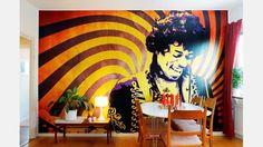 Rockikon. Jimi Hendrix var det självklara valet när Henke skulle välja motiv för en fototapet.  | Bild: Josefin Wiklund