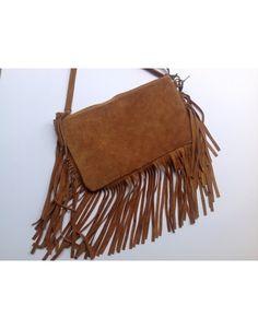 Bolso - Must Laredo.Bolso en piel marrón y flecos, con asa larga para colgar