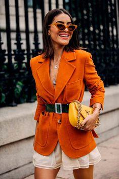 Women's Fashion – Street Style: New York Fashion Week Primavera Estate 2019 – Vogue.it Women's Clothing – Street Style: New York Fashion Week Primavera Estate 2019 – Vogue. Cool Street Fashion, Look Fashion, Trendy Fashion, Autumn Fashion, Womens Fashion, Fashion Design, Fashion Trends, Ladies Fashion, Fashion 2018