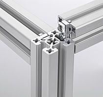 El perfil de aluminio F-40 complementa los perfiles estructurales BLOCAN