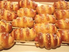11536146_948768538477733_8787238117911600578_n Cooking Tips, Cooking Recipes, Bread Art, Party Finger Foods, Greek Recipes, Different Recipes, Pretzel Bites, Kitchen Hacks, Buffet
