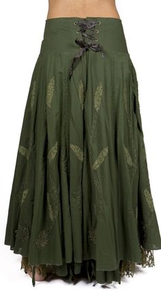A cotton skirt with endless possibilities a French-Victorian modern design. Skirt Outfits, Dress Skirt, Cool Outfits, Boho Fashion, Fashion Dresses, Forest Fashion, Boho Skirts, Wrap Skirts, Casual Skirts