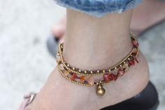 What is it about foot jewelry that I just can't get enough of? Maybe it's an anti-shoe thing.