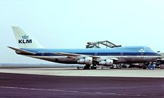 https://flic.kr/p/21uuSXq | PH-BUG   Boeing 747-206B [20427] (KLM Royal Dutch Airlines) Amsterdam-Schiphol~PH 14/06/1980 | PH-BUG   Boeing 747-206B [20427] (KLM Royal Dutch Airlines) Amsterdam-Schiphol~PH 14/06/1980. From a slide.