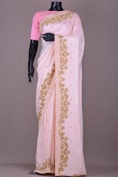Girls Frock Design, Long Dress Design, Tussar Silk Saree, Chiffon Saree, Saree Blouse Patterns, Saree Blouse Designs, Embroidery Suits Punjabi, Embroidery Saree, Maroon Saree