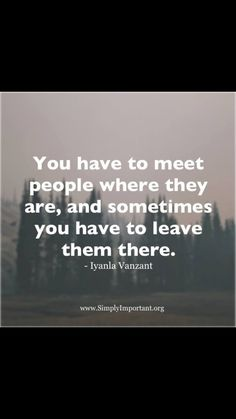 People come in and out of our lives as messengers of growth. Sometimes the relationship is beautiful, sometimes, it is bittersweet sometimes it is threatening and painful. Great Quotes, Quotes To Live By, Me Quotes, Motivational Quotes, Inspirational Quotes, Oprah Winfrey, Inner Peace Quotes, Flirty Quotes, Words Worth