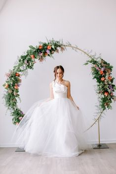 Introducing the new floral hoop arbor -A perfect ceremony backdrop — Sophisticated Floral Designs-Portland Oregon Wedding and Event Florist - Modern Design Wedding Ceremony Ideas, Wedding Arch Rustic, Ceremony Backdrop, Wedding Trends, Wedding Designs, Backdrop Wedding, Floral Arch, Deco Floral, Floral Wedding