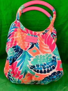 Find many great new & used options and get the best deals for Lilly Pulitzer Bohemian Beach Tote Goombay Smashed at the best online prices at eBay! Free shipping for many products! Goombay Smash, Beach Haven, Money Cards, Bohemian Beach, Purses For Sale, Pink Brand, Beach Tote Bags, Cosmetic Case, Lilly Pulitzer
