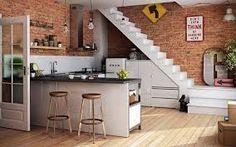 Resultado de imagen para cocina bajo escaleras de casas pequeñas