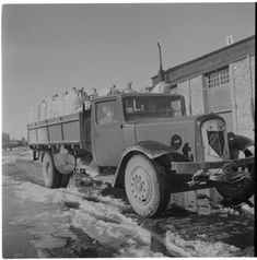 Citroen truck in May 1944 France, Vintage Trucks, Finland, Military Vehicles, Ww2, Denmark, Diesel, Antique Cars, Ford