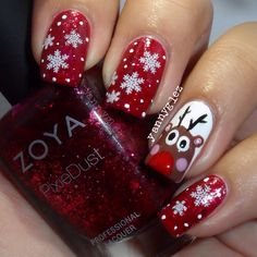 YannyGlez's super quick video tutorial will show you how to recreate this cute Reindeer nail art just in time for Christmas!