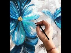 How to make an abstract blue flowers painting on canvas\Demonstration Acrylic Painting Flowers, Acrylic Painting Tutorials, Abstract Flowers, Acrylic Painting Canvas, Diy Painting, Abstract Canvas Art, Texture Painting, Blue Flowers, Flower Art
