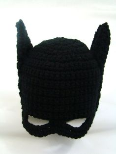 Crochet Projects Kids Batman Hat Free Crochet Pattern - These Batman Crochet Projects include Batman Crochet Blanket, Batman Crochet Hat, Batman Crochet Logo, Batman Crochet Cape to name a few. Crochet Gratis, Crochet Amigurumi, Crochet Beanie, Crochet Toys, Free Crochet, Knit Crochet, Learn Crochet, Crochet Mask, Crochet Buttons
