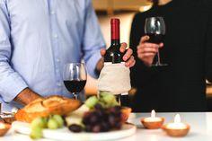 Il giusto abbinamento dei vini con il cibo è molto importante per assaporare al meglio la pietanza, esaltando sensazioni gustative armoniche.