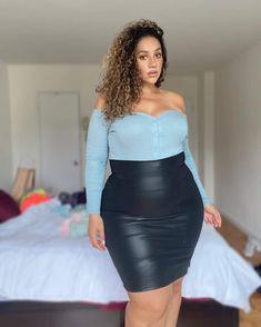Very Beautiful Woman, Beautiful Ladies, Beautiful Outfits, Cute Outfits, Erica Lauren, Dope Fashion, Rock, Sexy Women, Curvy Women
