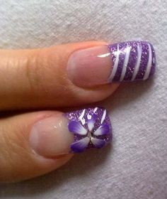 Cool flower gel nails design