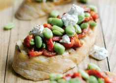 Crostini with Marinated Broad Beans, Peppers and Ricotta Recipe : Cook Vegetarian Magazine